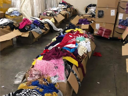 WE SELL USED CLOTH
