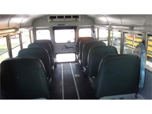 2006 Freightliner Bus
