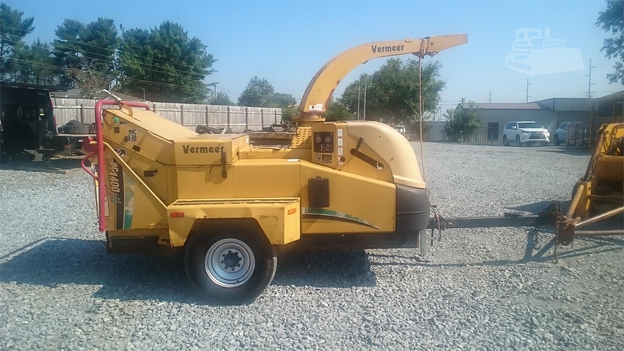 2006 VERMEER BC1400XL 14 WOOD CHIPPER PULL BEHIND CAT 122HP DIESEL ENGINE VERY NICE READY FOR