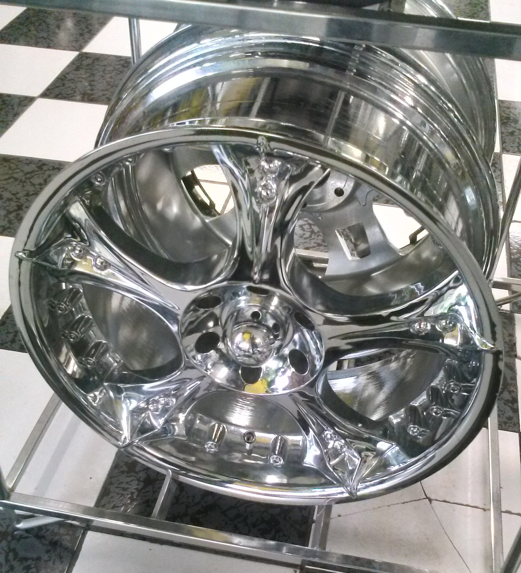22 Chrome wheel form Devino with a bolt pattern of 6x139 All four wheels are on sale for 799 We