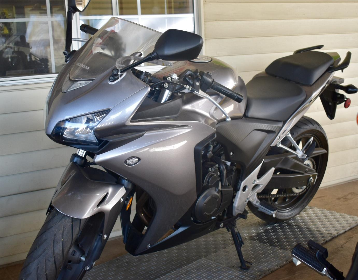-2500 Miles-Clean Title-Flushmount Blinkers-Ready To Ride-Fully Serviced-Free Service Wit