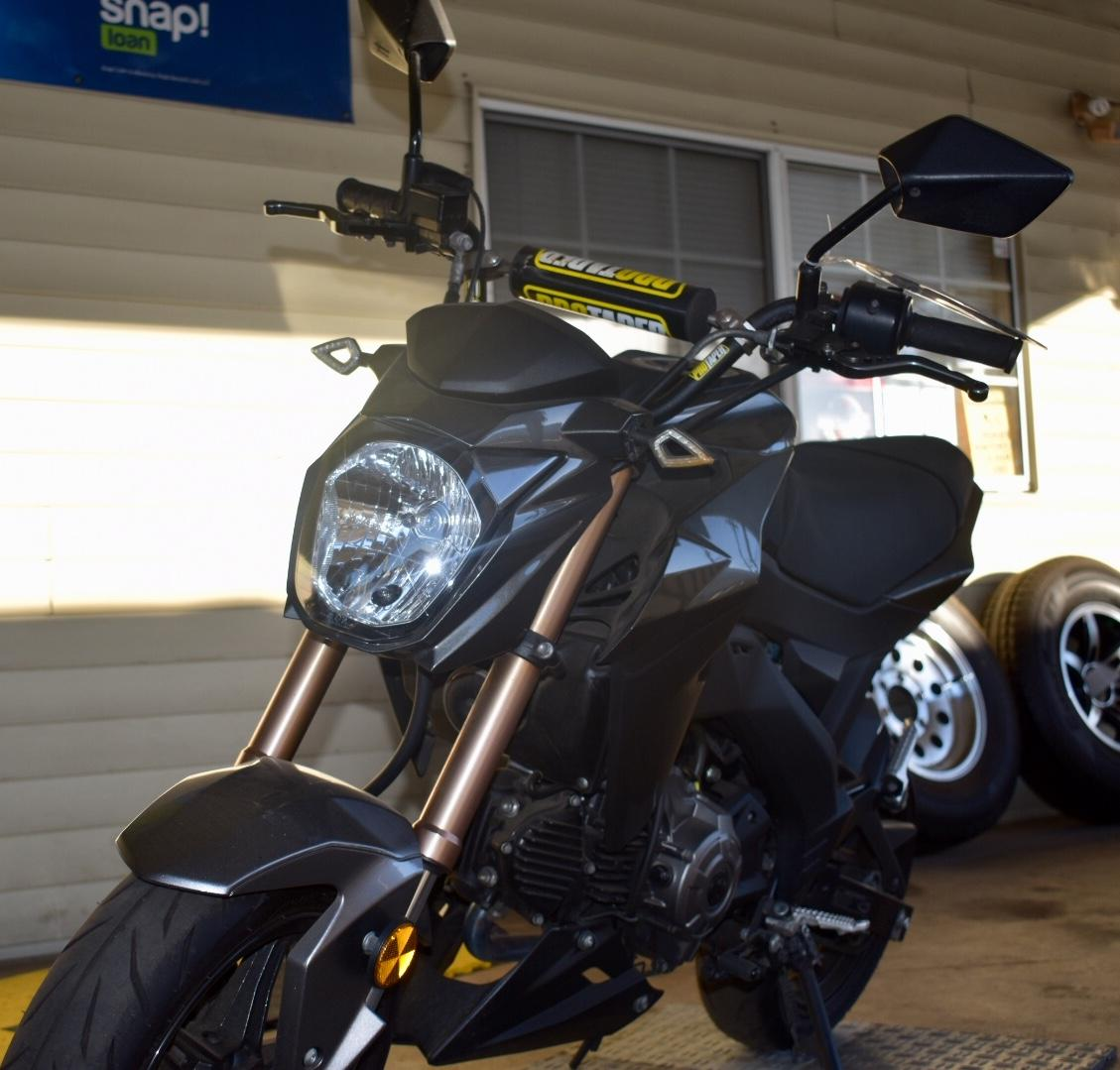 -Ready To Ride-5400 Miles-Masurri Exhaust-Fully Serviced-Integrated LED Tail Light-Adjust