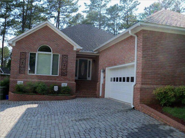 Juniper Loop - 3 bedroom 25 bath - Executive brick patio home in Woodside with view of Green Hole
