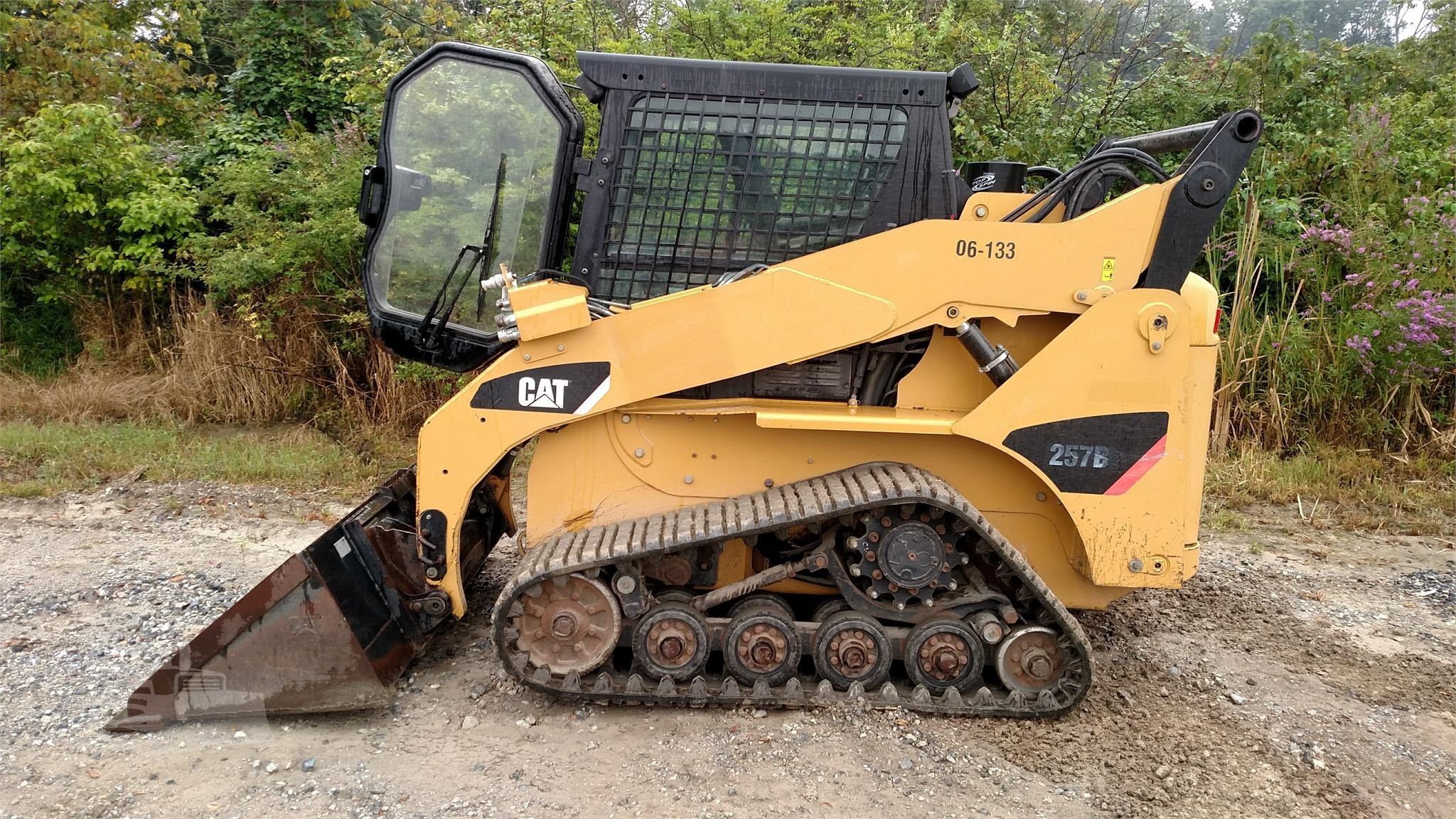 2009 CATERPILLAR 257B2 TRACK LOADER LIKE NEW WITH ONLY 2050 ORIGINAL HOURS HIGH FLOW AUXILIARY H
