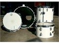 Custom Classic DrumsetBeautiful club style drum set with white glitter finishPerfect starter