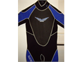 Very hard to find 32 most are cheap 21 Brand NEW Wetsuit Mens Medium Moving and wont have t