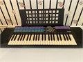 Yamaha electric piano PSR77