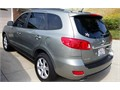 2009 Hyundai Santa Fe Limited One owner looks and drives like new Cold dual zone  AC Sunroof B