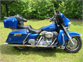 This is a 2007 Electraglide Standard with Pacific Blue paint and 34000 mi Following items were adde