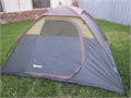 QUEST dome tent 7 X 7 X 44 tall MINT CONDITION Complete with rain fly stakes and carry bag easy