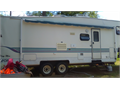 1998 5th wheel Toyhauler 8ft separate garagehaul bikesATVsgolfcartsExcellant condition sell or t