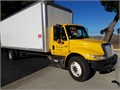 2008 International 4300 DT466 24 ft dry van GVWR 25999 227000 miles tuck away lift gate air b