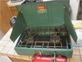 Coleman 2 Burner Stove Large 413G Model from the mid 1960s Great condition Pump up fuel type and