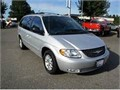 2003 CHRYSLER TOWN  COUNTRY DUAL SIDE SLIDING DOORS  190000V6 automatic 8 passenger  dependabl