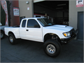 Custom built Tacoma 4x4 XtraCab 5 speed manual 27L 4 Cylinder Over 60K invested Built by Central