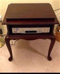 Mahogany Swivel Top Table Rotates 360 degrees great for TVs