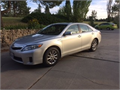 2010 Toyota Camry HYBRID 33 mpg grandpas car clean title Bluetooth Sirrus