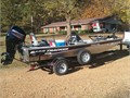 2013 Bass Tracker Pro  170 like new 50 hp 4 stroke  2 fish finders vinyl flooring Minn Kota tro