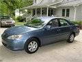 2004 Toyota Camry LE FWD  1-OWNER  ONLY 94K MILES