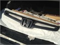 03 - 04 Honda Accord Grille Used for 4-door Sale is final Local pick up only  2500 909-636-398
