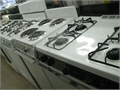 STOVES  MICROWAVES GAS AND ELECTRIC PRICES START AT 150  UP  818-256-9925