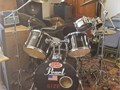 Pearl Export Series 5 piece set with Zildjian cymbals and stands  This set includes  Pearl Firecra