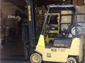 Hyster S30XL 3K lbs capacity 14 ft two stage mast side shift new battery 7677 hours on the engi