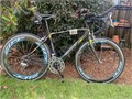 Giant OCR Composite Limited Composite Carbon Fiber bike Size Small 52 cmZipp 404 and 808 Spee
