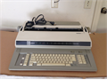 Brother EM-701 Electronic  Large office typewriterTypewriterWord ProcessorLooks new and Perfe