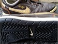 Nike Youth Ronaldinho Rival Indoor Soccer Shoes Used good condition Black  gold Size US 45Youth
