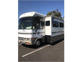 CLASS A LUXURY ADVENTURER 3211FORD CHASSIS rare find16700milesmint condition3 road trips only