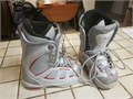 LIKE NEW Northwave Snowboard boots Mens Size 4 or a Womens size 6 MINT Condition USED ONCE very