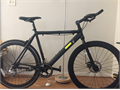 color blackDeep dish aerodynamic rimsAluminum frameFront brake is disc type rear tire is nor