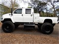 THIS IS A TOTALLY CUSTOM 1 OF A KIND 06 KODIAK SUPER RARE 4X4 W 35K MILES CUSTOM LIFT W ATLAS SP