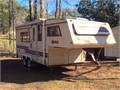 1988 Sunline M-2050 20-12 foot fifth wheel4 new tires new batteryvery good conditionWeight 3200