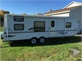 2001 Jayco Eagle 27 ft with awning well maintained interior in excellent condition air conditioni