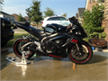 2007 Suzuki GSX-R600 KS Black with red sticker in excellent condition  new battery and spark plugs