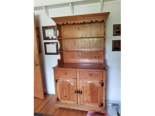 Hutch--Antique pine