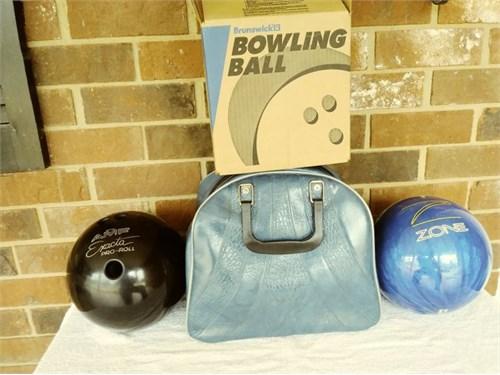 Bowlings Ball (2) And Bag