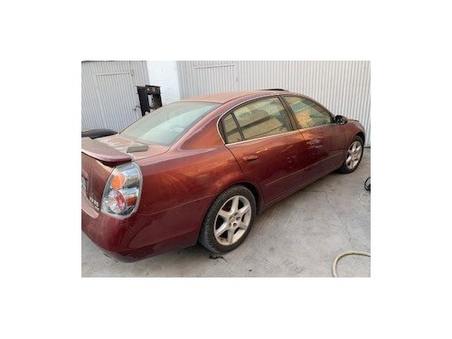 2003 Nissan Altima 5 spd