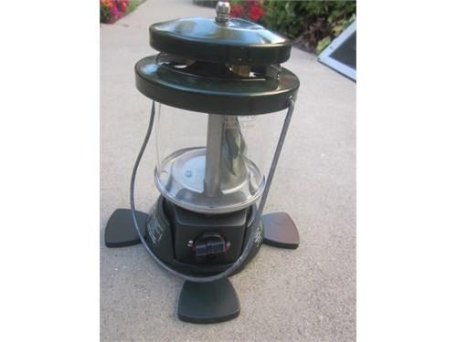 NEW Coleman prop lantern
