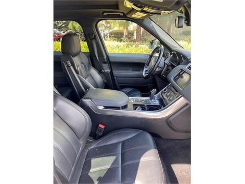 2015 Range Rover Sport SE