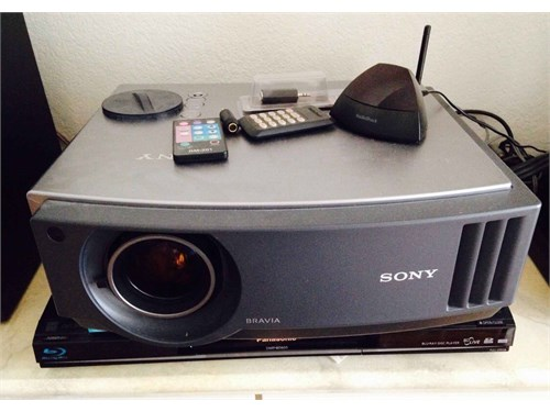 Sony TV projector 100""