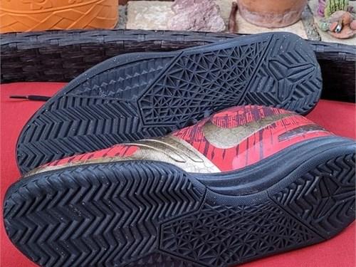 Nike Kobe Mentality 11.5