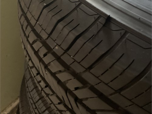 2020 Jeep truck tires