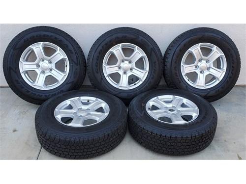 Set of 5 Wheels & Tires