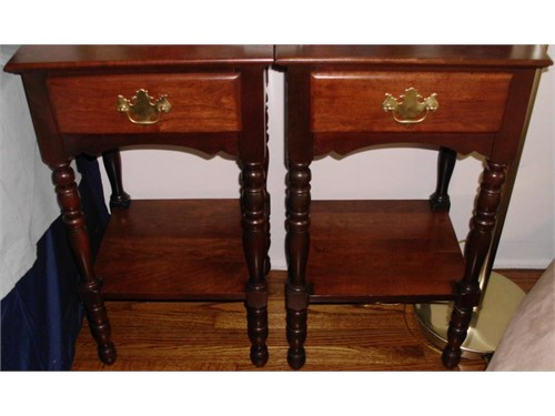 2 Antique Nightstands