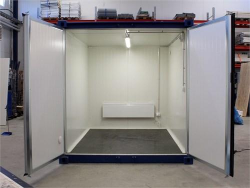 10' Insulated Storage