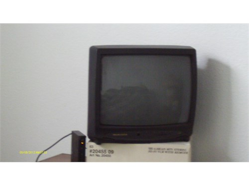 19 inch color TV