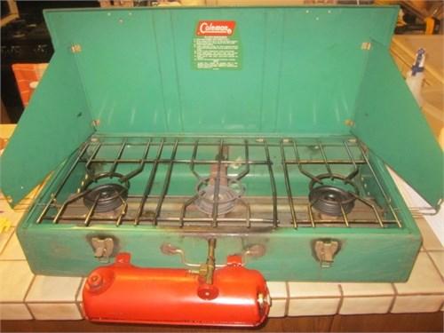 Coleman 3 burner stove